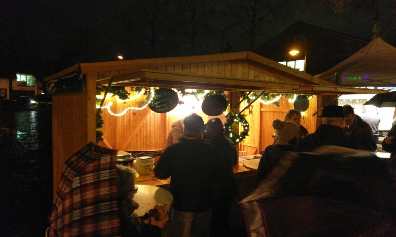 Hütte auf dem Sürther Weihnachtsmarkt 2019